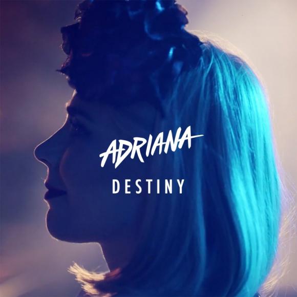 "Adriana, uznana polska ilustratorka mody, debiutuje singlem ""Destiny"""